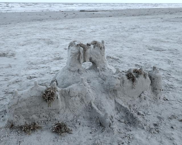 sand castle - bandw